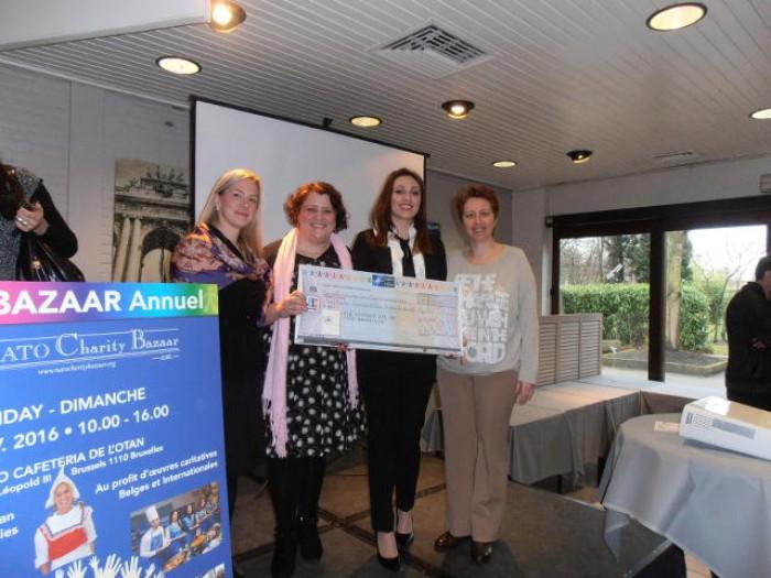 Η Πρωτοβουλία για το Παιδί παρέλαβε το 1ο βραβείο του Διαγωνισμού NATO Charity 2016